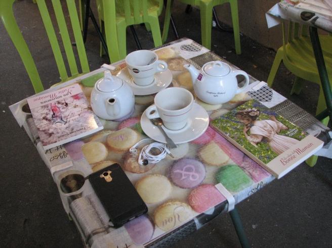 À la terrasse d'un café...